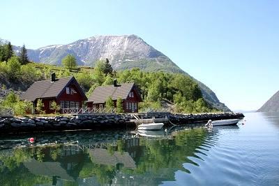 ferienhaus norwegen mit boot norway fjordhytter. Black Bedroom Furniture Sets. Home Design Ideas