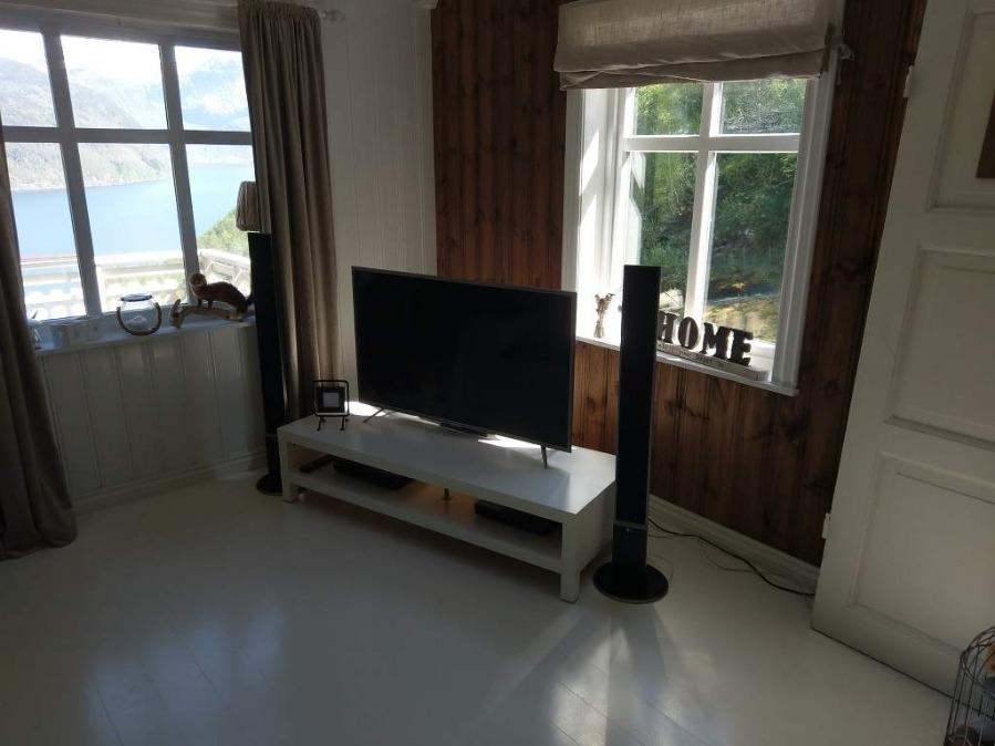 ferienhaus norwegen mit boot alleinlage. Black Bedroom Furniture Sets. Home Design Ideas