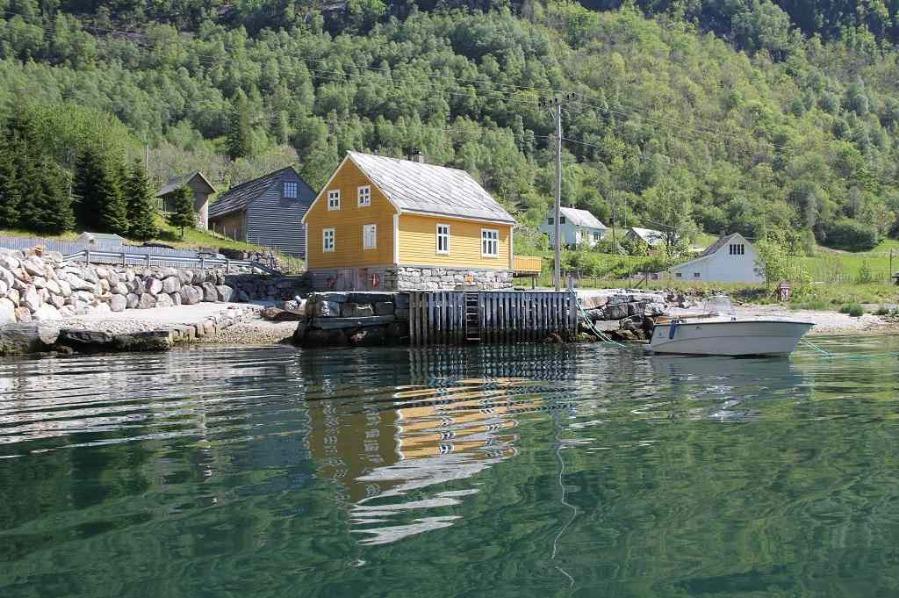 norwegen ferienhaus mit boot norway fjordhytter. Black Bedroom Furniture Sets. Home Design Ideas